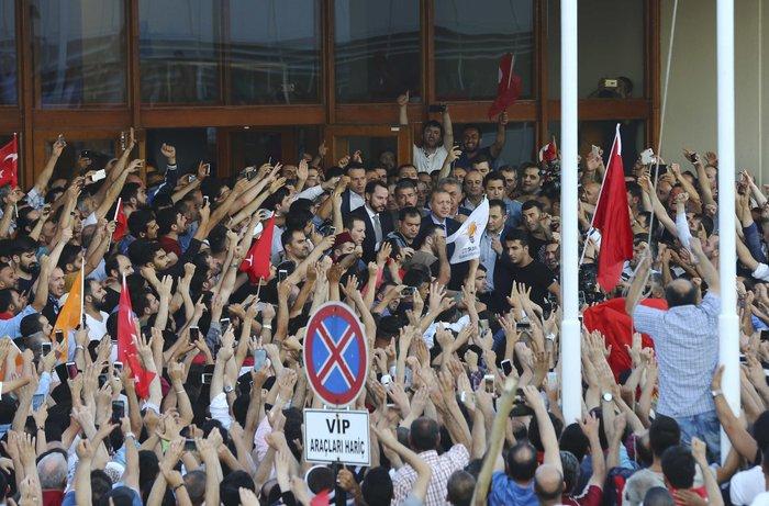 Ερντογάν: Προσπάθησαν να με σκοτώσουν, θα πληρώσουν - εικόνα 4