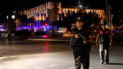 Ανάλυση του Reuters: Ενα πραξικόπημα βγαλμένο από τον 20ό αιώνα