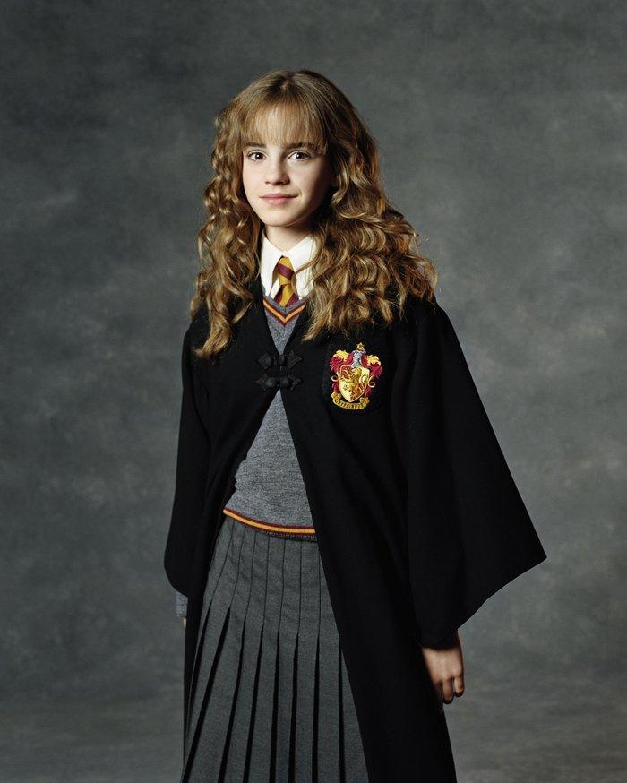628051ec75d έστρεψε το αρρωστημένο βλέμμα του στην 11χρονη τότε Εμα Γουότσον, την εποχή  που έγινε γνωστή ως Ερμιόνη στην ταινία του Χάρι Πότερ.