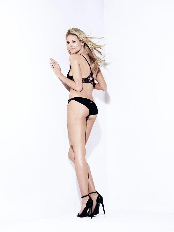 Ο πρώην άγγελος της Victoria's Secret φωτογραφήθηκε χωρίς τα ρούχα του.