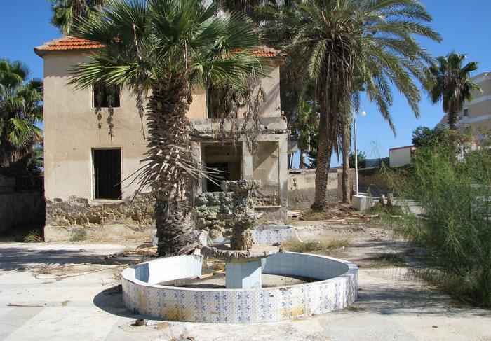 Βαρώσια: Από το αγαπημένο ξενοδοχείο της Ελίζαμπεθ Τέιλορ στην προπαγάνδα του τουρκικού κράτους [συγκλονιστικές εικόνες] - εικόνα 17