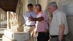 Ο αμερικανός πρέσβης ξενάγησε τον Λιου στην Αρχαία Αγορα