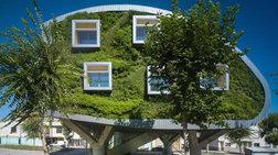 Ένα φουτουριστικό και οικολογικό σπίτι στην Ισπανία