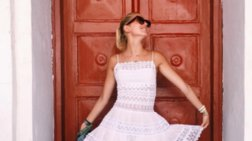 Η Μαρία-Ολυμπία στο νησί των ανέμων για τα γενέθλιά της