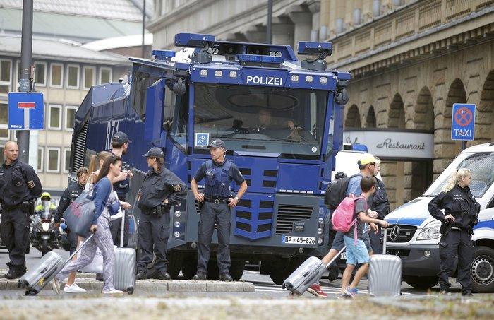 Επι ποδός πολέμου η Κολωνία, φόβοι για ταραχές με Τούρκους - εικόνα 5