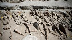 Αλυσοδεμένοι σκελετοί πραξικοπηματιών από την ανασκαφή στο Φαλήρο video