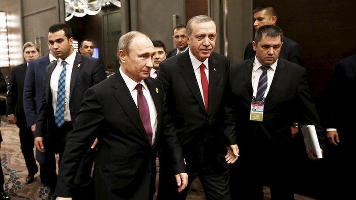 Ο Πούτιν και ο Ερντογάν είναι δυο ισχυροί άνδρες με μεγάλες γεωπολιτικές φιλοδοξίες. Δεν τους νοιάζουν οι φιλίες, είναι προσηλωμένοι στην επιδίωξη των εθνικών τους συμφερόντων, τονίζει το Stratfor