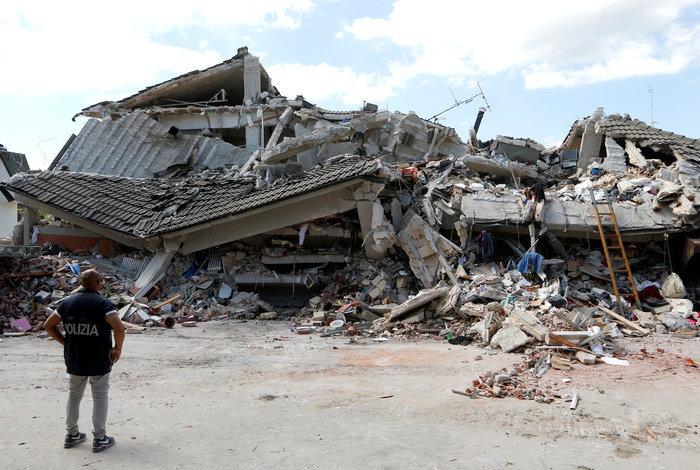 Οι σεισμολόγοι εξηγούν: Η Ελλάδα και η Ιταλική τραγωδία - εικόνα 2