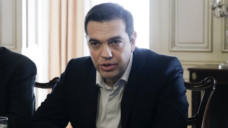 sunantiseis-tsipra-me-paragwgikous-foreis-enopsei-deth