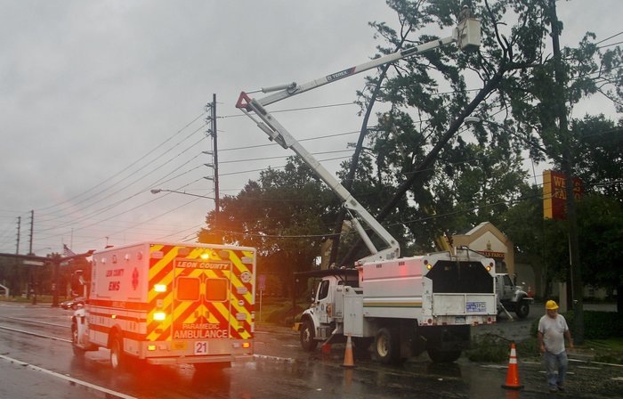Φονικός τυφώνας στη Φλόριντα, σάρωσε τα πάντα - εικόνα 2