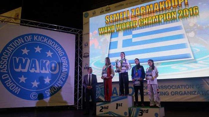 Ασημένιο μετάλλιο στο Kick Boxing η 15χρονη Σεμέλη Ζαρμακούπη - εικόνα 5