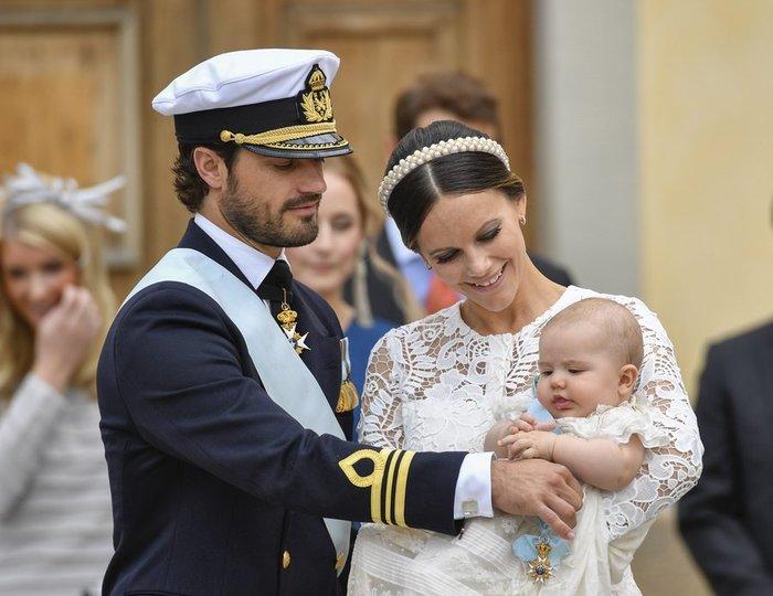 Η Σουηδία βάφτισε τον μικρό της πρίγκιπα σε live μετάδοση [Εικόνες] - εικόνα 7