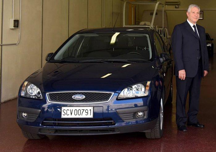 Οο επικαφλής των οδηγών του, Renzo Cestiè