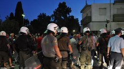 Νύχτα ταραχών στη Χίο στην πορεία για τους πρόσφυγες