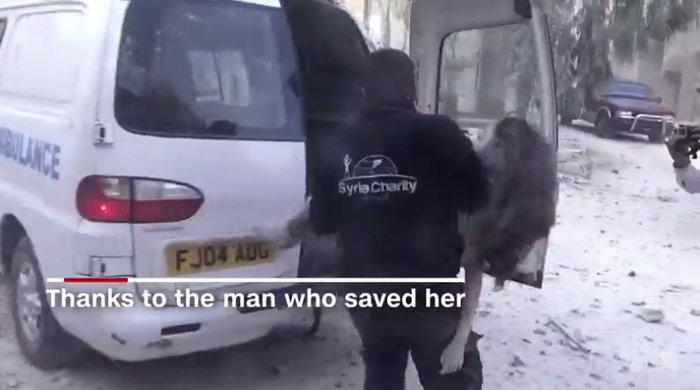 To σπαρακτικό βίντεο της 10χρονης Ντόχα από το Χαλέπι - εικόνα 3