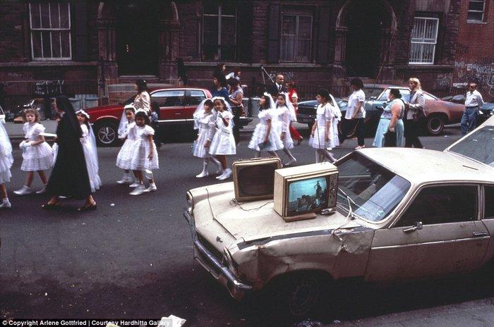 Βουτιά στο παρελθόν στους δρόμους της Νέας Υόρκης