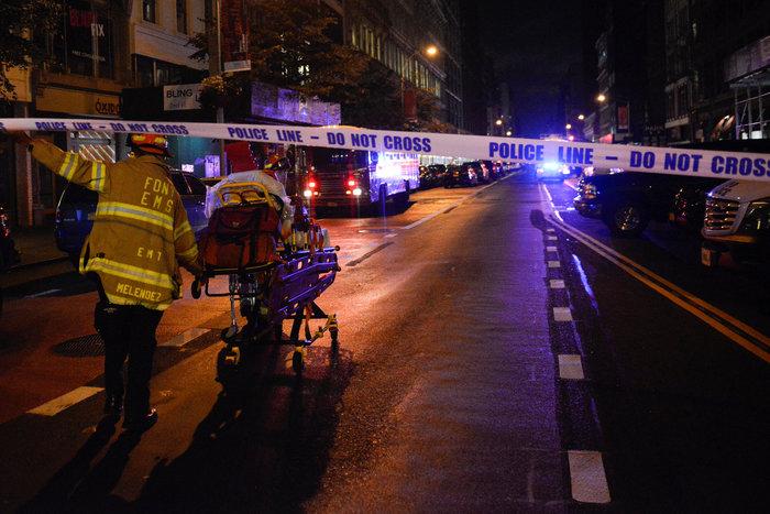 Δεν «βλέπουν» διεθνή τρομοκρατία πίσω από την έκρηξη οι αρχές της Ν. Υόρκης - εικόνα 3