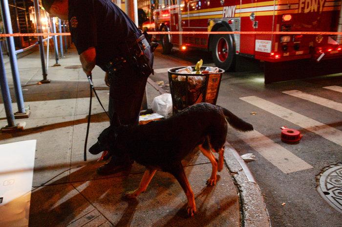 Καρέ καρέ η νύχτα τρόμου στην Νέα Υόρκη [Εικόνες] - εικόνα 15