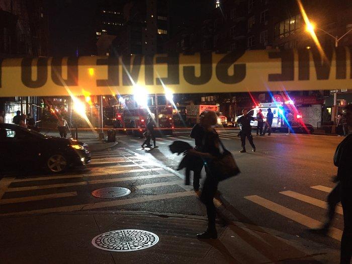 Καρέ καρέ η νύχτα τρόμου στην Νέα Υόρκη [Εικόνες] - εικόνα 8