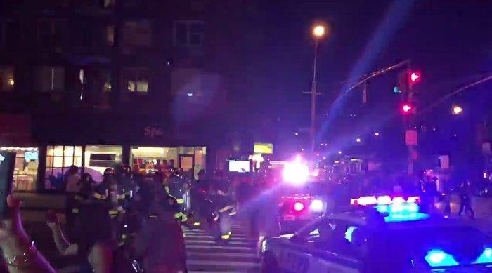 Καρέ καρέ η νύχτα τρόμου στην Νέα Υόρκη [Εικόνες] - εικόνα 9