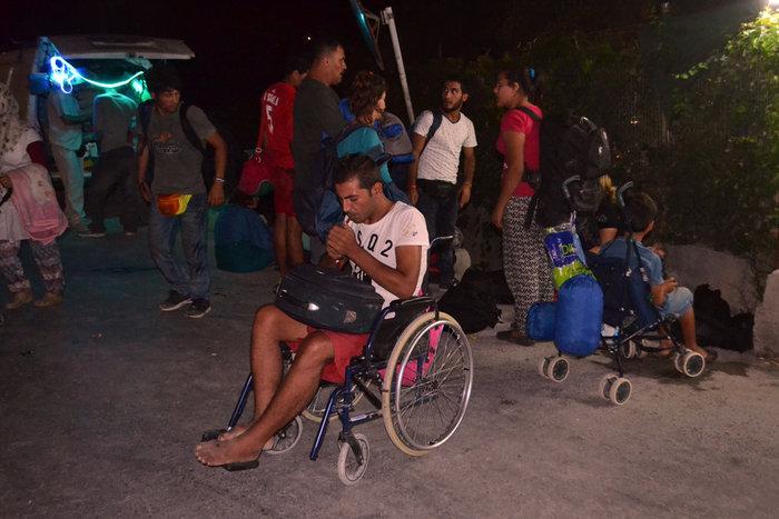 Λέσβος: Χάος στο hotspot της Μόριας μετά την εξέγερση μεταναστών - εικόνα 4