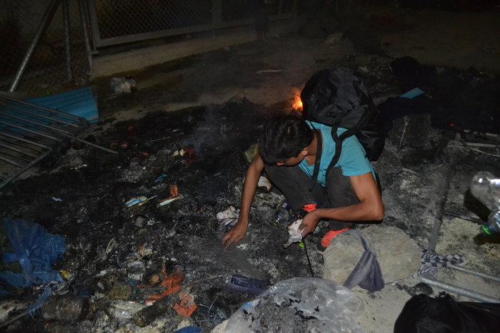 Λέσβος: Χάος στο hotspot της Μόριας μετά την εξέγερση μεταναστών - εικόνα 2