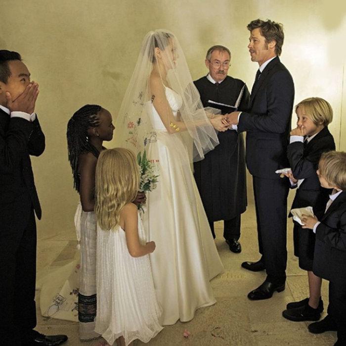 «Κολασμένο» διαζύγιο για Τζολί - Πιτ με κατηγορίες κατά του Πιτ ως πατέρα - εικόνα 3