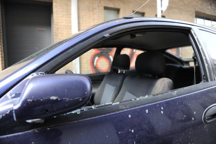 Επίθεση χούλιγκαν με χειροβομβίδα στο Παγκράτι - εικόνα 2