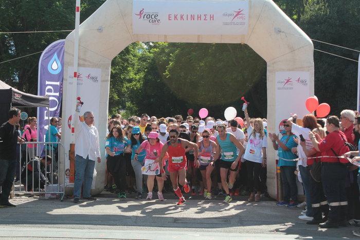 Oι Αθηναίοι έτρεξαν για τον καρκίνο του μαστού [Εικόνες] - εικόνα 2