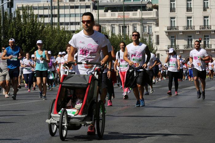 Oι Αθηναίοι έτρεξαν για τον καρκίνο του μαστού [Εικόνες] - εικόνα 8