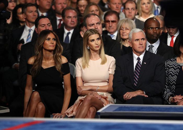 Οικογένεια Τραμπ vs οικογένειας Κλίντον: Ποια κέρδισε τη μάχη της εξέδρας; - εικόνα 3