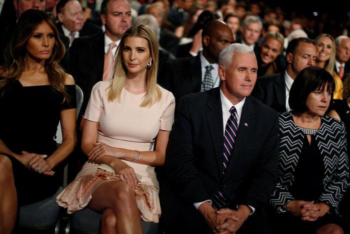 Οικογένεια Τραμπ vs οικογένειας Κλίντον: Ποια κέρδισε τη μάχη της εξέδρας; - εικόνα 9