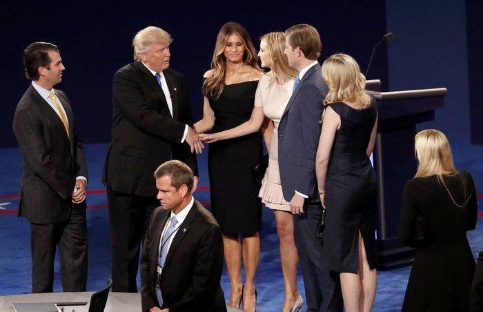 Οικογένεια Τραμπ vs οικογένειας Κλίντον: Ποια κέρδισε τη μάχη της εξέδρας; - εικόνα 11