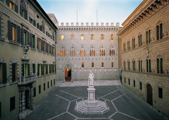 Οι ευρωπαϊκές ρυθμιστικές αρχές αναμένουν ότι η ιταλική τράπεζα Monte dei Paschi di Siena θα πρέπει να στραφεί στην κυβέρνηση για στήριξη, αναφέρει δημοσίευμα του Reuters