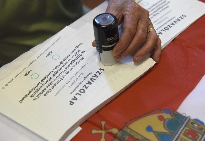 Τα ψηφοδέλτια της διαδικασίας του δημοψηφίσματος