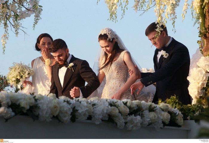 Νέες φωγραφίες από τον γάμο του γιου του Σαββίδη - Τις ανέβασε η νύφη - εικόνα 4