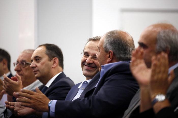 «Καρέ» του προέδρου στο Μοσχάτο για τα 42 χρόνια ΝΔ! Δείτε φωτό - εικόνα 9