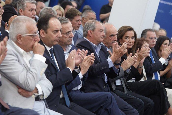 «Καρέ» του προέδρου στο Μοσχάτο για τα 42 χρόνια ΝΔ! Δείτε φωτό - εικόνα 6