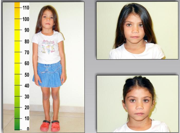 Αυτό το κοριτσάκι ζούσε με τους Ρομά στον Τύρναβο