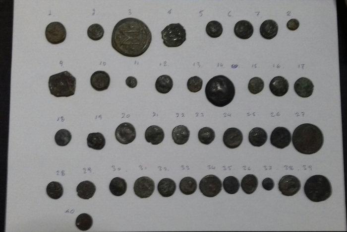 Κάλυμνος:Eκρυβε τα αρχαία νομίσματα στην σέλα της μηχανής