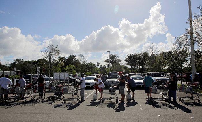 Ερήμωσε η Φλόριντα, φεύγουν για να σωθούν από τον Μάθιου - εικόνα 4