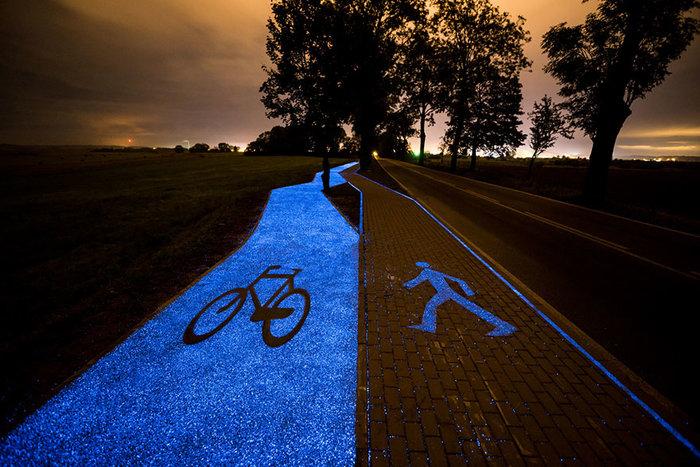 Πολωνία: Ένας μαγευτικός δρόμος για ποδήλατα που λάμπει στο σκοτάδι - εικόνα 3