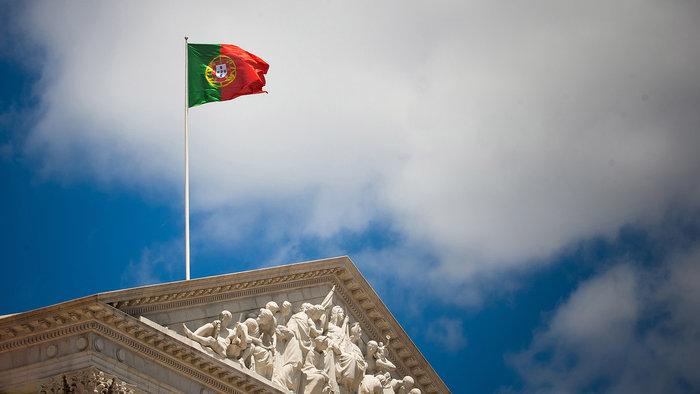 Η Πορτογαλία σχεδιάζει να μειώσει το δημοσιονομικό της έλλειμμα κάτω από το 2% του ΑΕΠ το 2017, δήλωσε την Πέμπτη ο γενικός γραμματέας οικονομικής πολιτικής της χώρας.