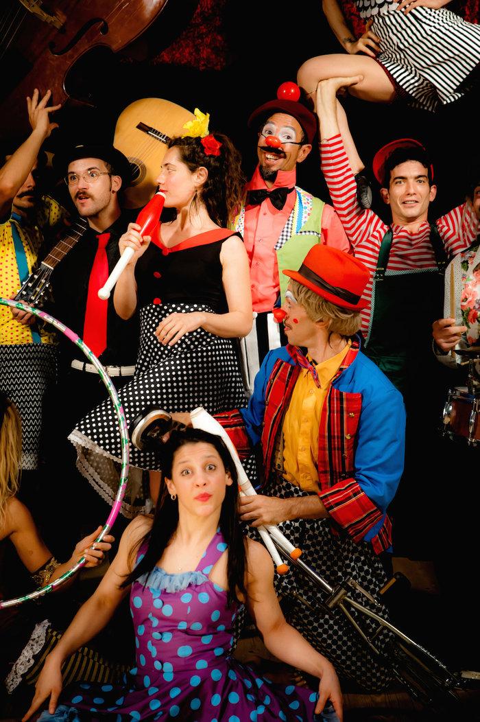 Ένα τσίρκο στήνεται στη σκηνή του Παλλάς - εικόνα 3