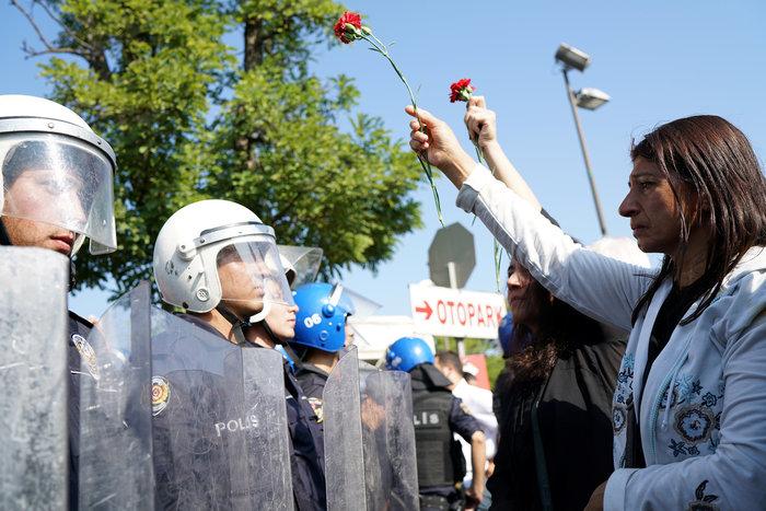 Αγριο ξύλο διαδηλωτών από την αστυνομία στην Αγκυρα - εικόνα 5