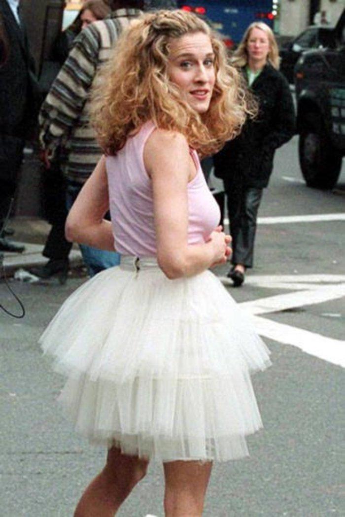 Η Σάρα Τζέσικα Πάρκερ θέλει να μας ντύσει «Κάρι Μπράντσο»
