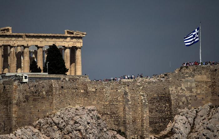 Η μυστική συνάντηση υψηλόβαθμων αξιωματούχων των Θεσμών που έγινε το περασμένο Σάββατο, στο περιθώριο της Συνόδου του ΔΝΤ και της Παγκόσμιας Τράπεζας, φαίνεται πως επιβεβαίωσε την εικόνα μιας σοβαρής διάστασης μεταξύ Βερολίνου και Ουάσινγκτον για το ελληνικό ζήτημα
