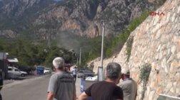Επίθεση με δύο ρουκέτες στην Αττάλεια της Τουρκίας