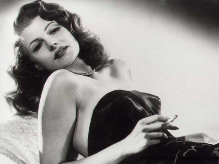 Γεννιέται το 1918 η Ρίτα Χέιγουορθ, ένα αξεπέραστο σύμβολο ομορφιάς - εικόνα 7
