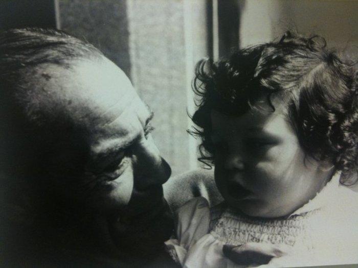 Τα λόγια της «άγνωστης» εγγονής του Λάμπρου Κωνσταντάρα προκαλούν συγκίνηση